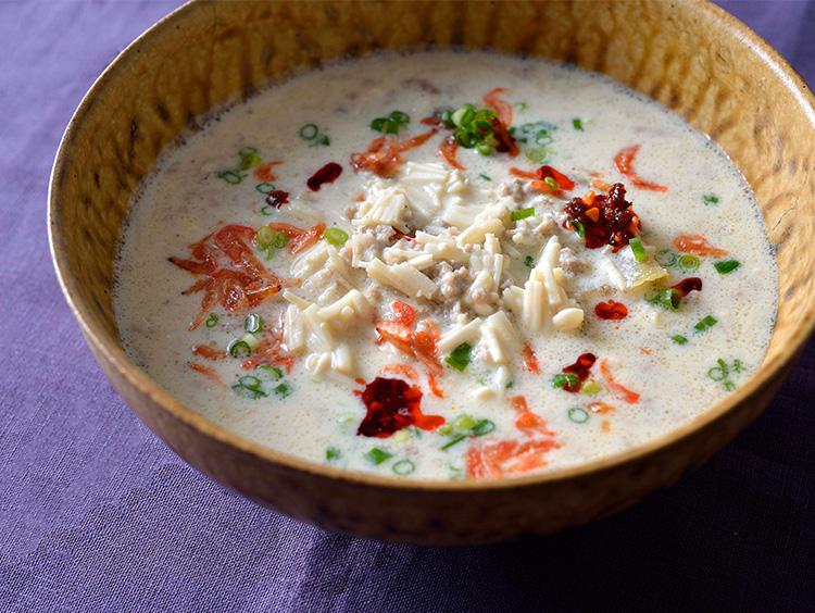 えのき茸の台湾風豆乳スープ