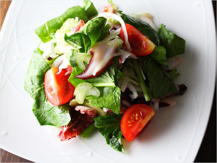 <ガリバルディ>タコとセロリのサラダ