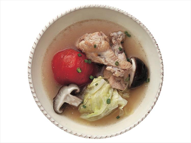 鶏と丸ごとトマトの寒天スープ
