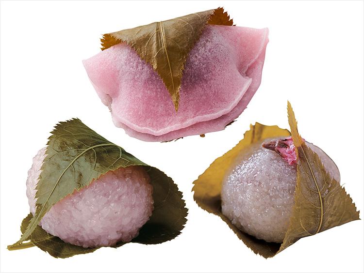 (上から時計回りに)<菓匠 花見>桜餅、<宗家 源吉兆庵>さくら餅、<鶴屋吉信>桜餅