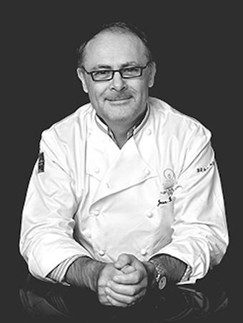 """ジャン=ポール・エヴァン氏チョコレートの魔術師""""、ジャン=ポール・エヴァン。MOF(フランス国家最優秀職人章)をはじめ、数々の栄誉に輝く世界的ショコラティエです。"""
