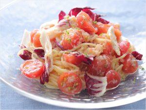シェフが教える冷製トマトパスタのレシピ。普段使いの麺でおいしく作る方法とは?