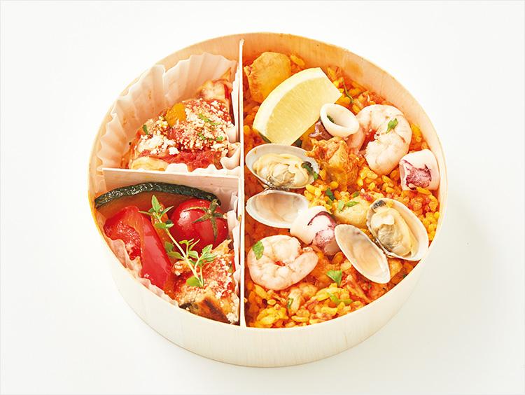 <ガリバルディ>魚介のパエリア&大豆ミートラザニア弁当