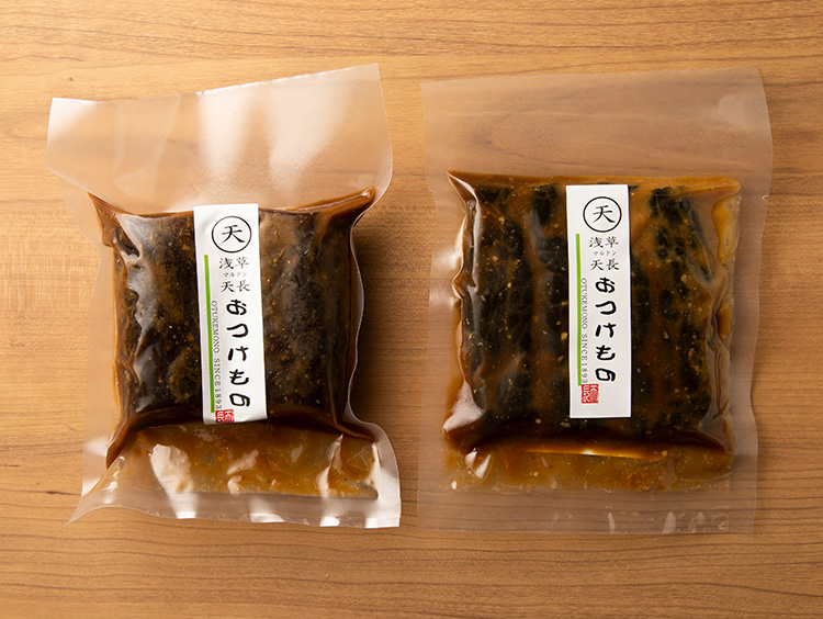 <浅草マルテン天長>味噌漬け(左:大根、右:胡瓜)