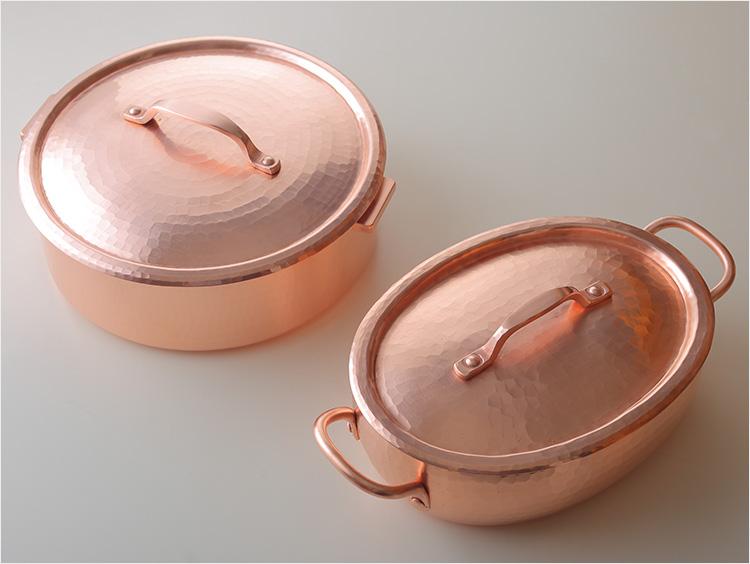 平鍋とオーバル鍋の写真