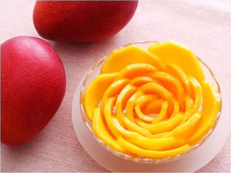 【百貨店フルーツ】「太陽のタマゴ」は宮崎完熟マンゴーの最高峰ギフト! 簡単バラカットもご紹介