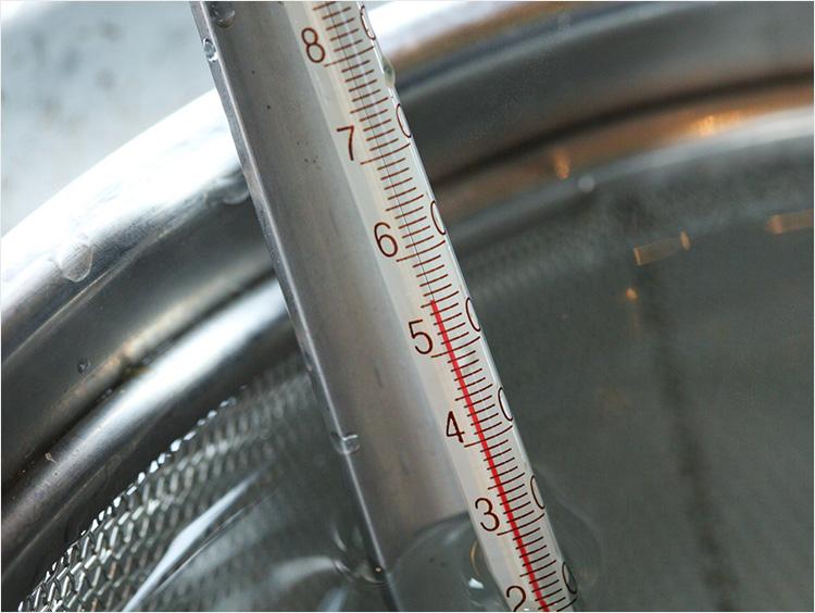 55℃の温度計