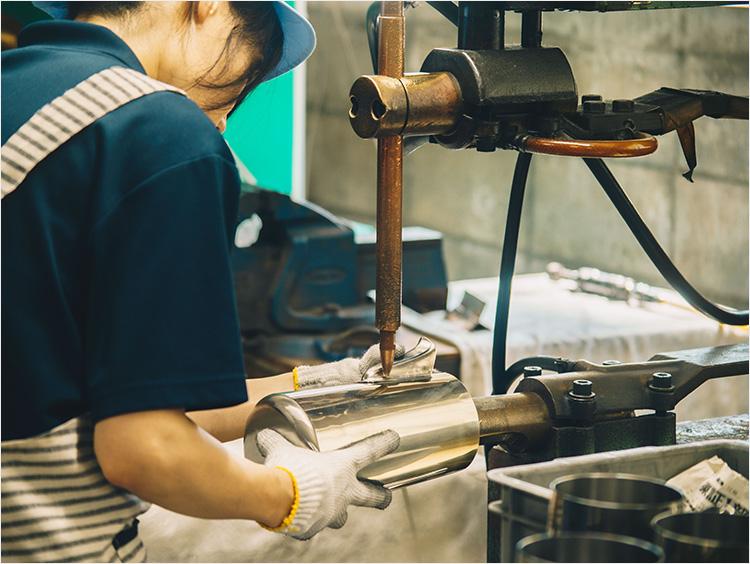 和田助製作所工房での作業イメージ