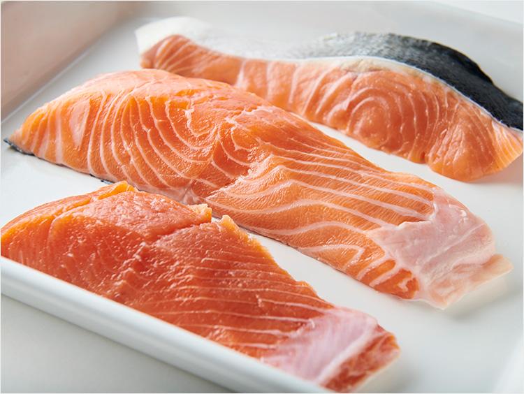 【プロが解説】違いを知ってる? 生鮭、塩鮭、銀鮭、サーモン…レシピ(食べ方)によって選ぶのが正解!
